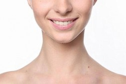 嘴角皱纹多是什么原因引起来的怎么消除